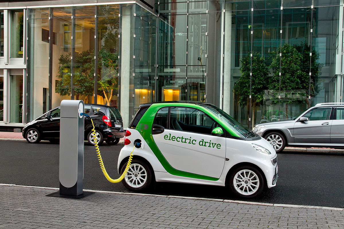 Europe And The Electric Car Revolution